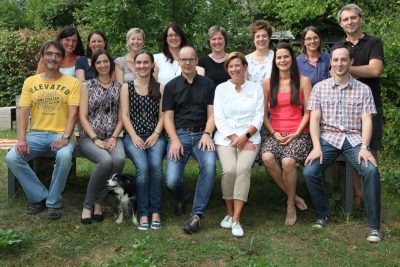 resized_grundschule-hillesheim-kollegiumsfoto-2016_2017