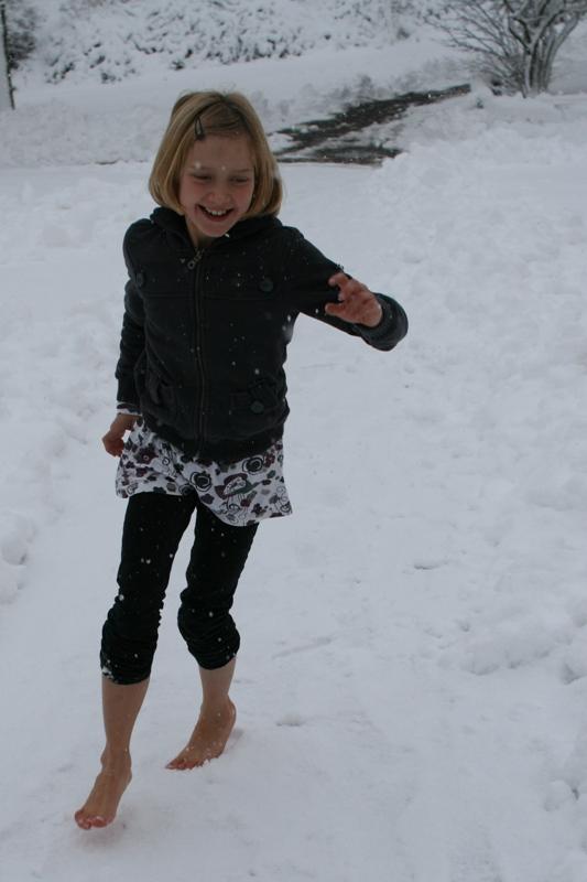 barfuß durch den schnee